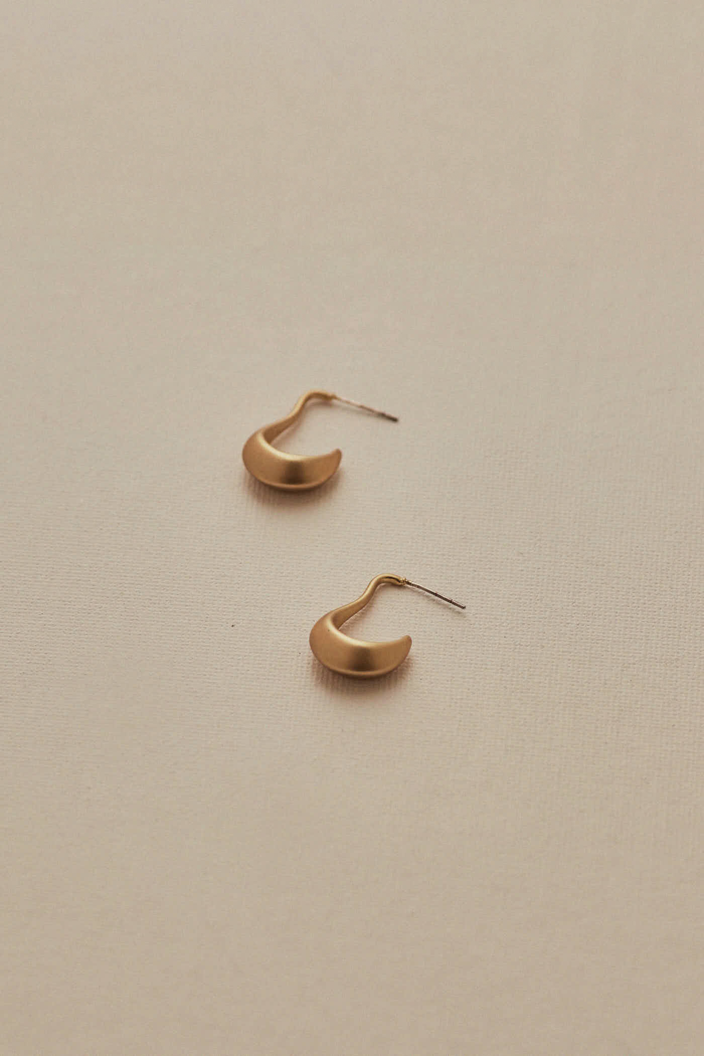 Paulia Earrings