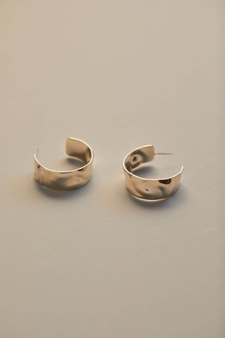 Levana Hoop Earrings