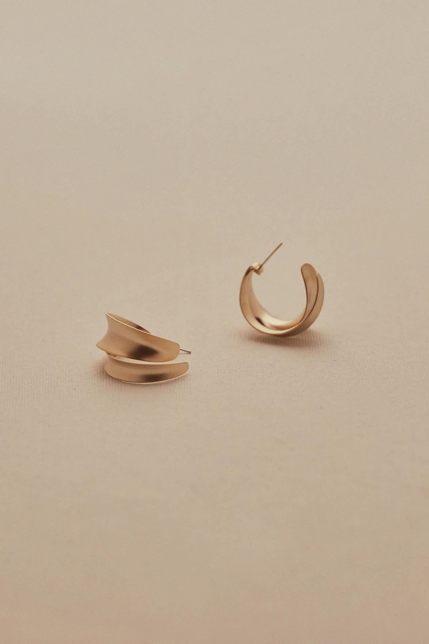 Raevyn Hoop Earrings