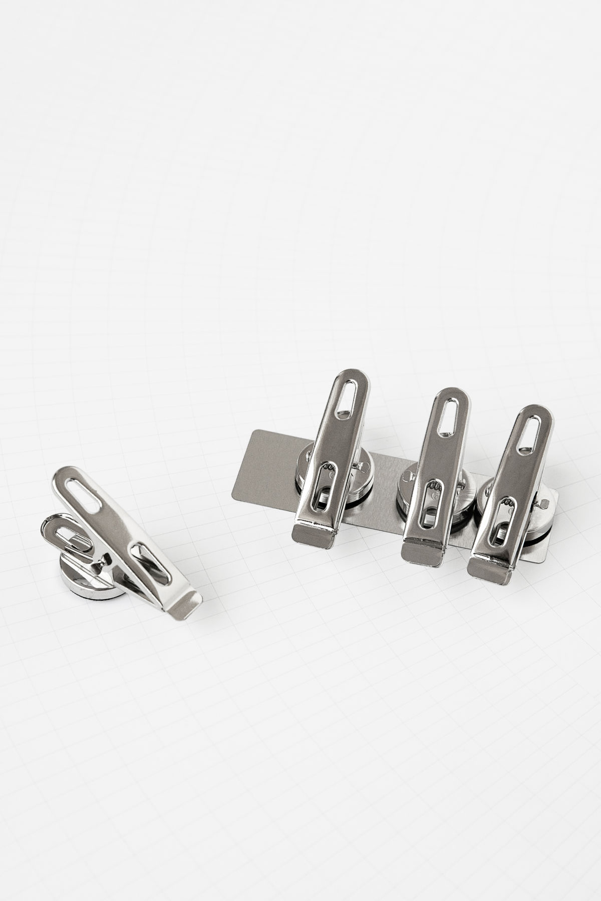 Monograph Magnet Clips