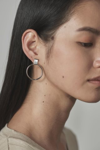 Jela Circle Earrings