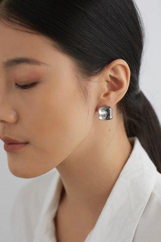 Lylah Ear Studs