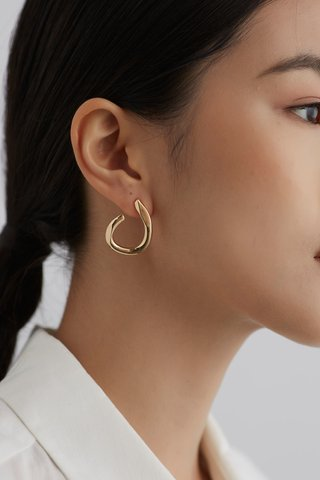 Perla Ear Studs