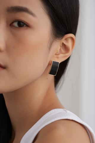 Phylis Earrings