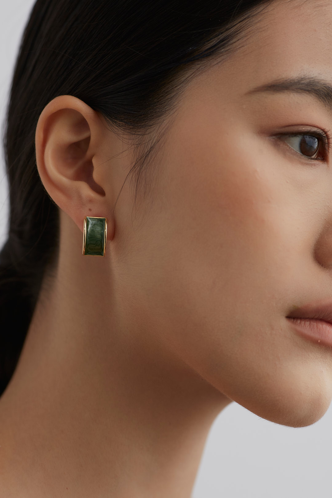 Vevina Earrings